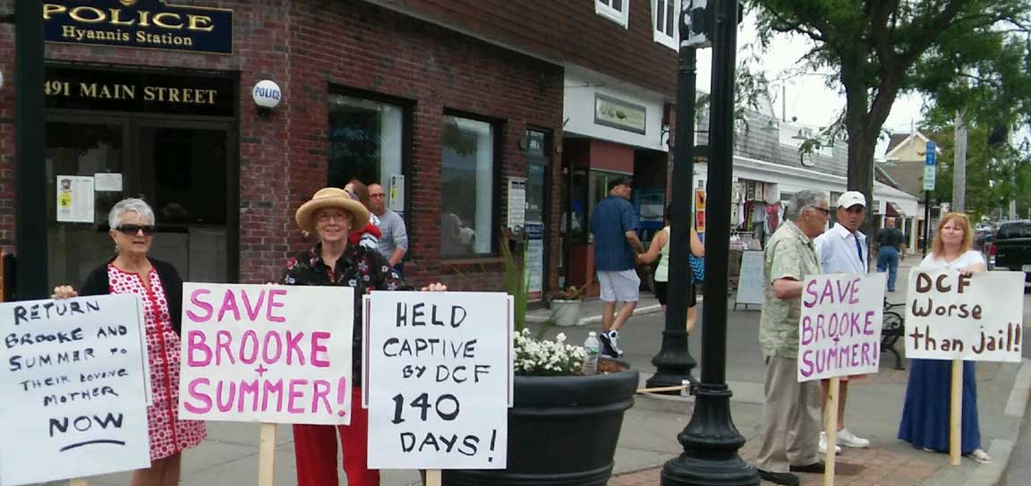 Hyannis_Protest_photo_1